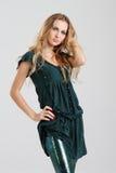 Meisje in groen Stock Foto's