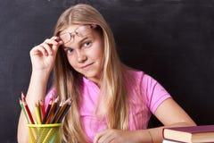 Meisje het bestuderen stock foto