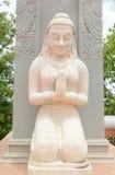 Meisje het bidden standbeeld Stock Foto