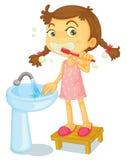 Meisje het borstelen tanden Stock Foto