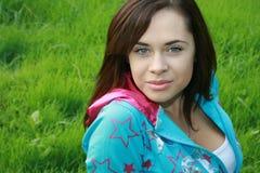 Meisje in het park Royalty-vrije Stock Afbeeldingen