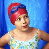 Meisje in het swmming van pool Royalty-vrije Stock Foto's