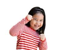 Meisje het veronderstellen houding, het praktizeren vechtsporten, zelf-defensie, kungfu, karate, het in dozen doen Royalty-vrije Stock Foto