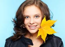 Meisje in leerjasje Royalty-vrije Stock Afbeeldingen