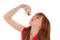 Meisje met aardbei Stock Afbeelding
