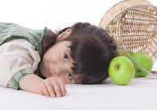 Meisje met appelen Royalty-vrije Stock Foto