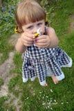 Meisje met bloem Stock Fotografie