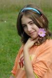Meisje met bloem Stock Afbeeldingen