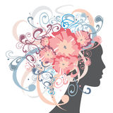 Meisje met bloemen en ornamenten in haar Stock Foto's