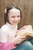 Meisje met boek Royalty-vrije Stock Foto