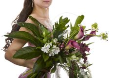Meisje met bos van bloemen Stock Afbeeldingen