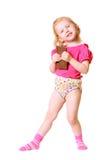 Meisje met chocolade dat op wit wordt geïsoleerde Stock Fotografie