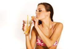 Meisje met drank Royalty-vrije Stock Afbeelding
