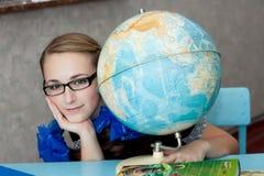 Meisje met een bol Stock Afbeeldingen