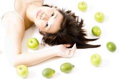Meisje met Fruit 4 Stock Afbeeldingen