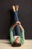 Meisje met gadget Stock Fotografie