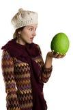 Meisje met groen fruit Stock Foto