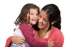 Meisje met haar mum die een lach heeft Stock Fotografie