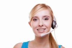 Meisje met hoofdtelefoons en microfoonhoofdtelefoon op wit Royalty-vrije Stock Foto