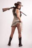 Meisje met jachtgeweer Royalty-vrije Stock Afbeelding