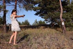 Meisje met kanon stock afbeelding