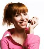 Meisje met kers stock afbeelding