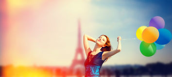 Meisje met kleurenballons in Parijs Stock Foto