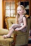 Meisje met kroon royalty-vrije stock foto's