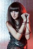 Meisje met metaalbelemmeringen Royalty-vrije Stock Afbeelding