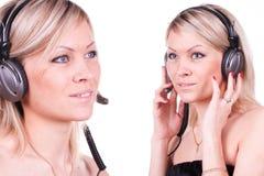Meisje met oortelefoons Royalty-vrije Stock Foto