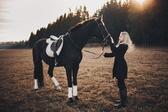 Meisje met paard Royalty-vrije Stock Fotografie