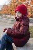 Meisje met rode hoed Stock Foto
