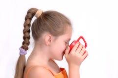 Meisje met rode kop Royalty-vrije Stock Foto