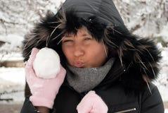Meisje met sneeuw Stock Afbeelding