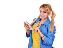 Meisje met tabletPC het stellen stock foto