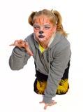 Meisje met tekening door maskertijger Stock Foto