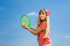 Meisje met tennisraket stock foto's