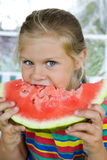 Meisje met watermeloen Royalty-vrije Stock Afbeelding