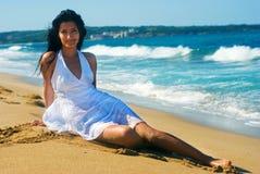 Meisje met witte kleding royalty-vrije stock foto's