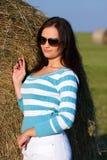 Meisje met zonnebril royalty-vrije stock afbeelding