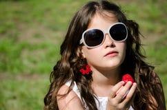 Meisje met zonnebril Stock Foto
