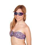 Meisje met zwemmende beschermende brillen Stock Foto