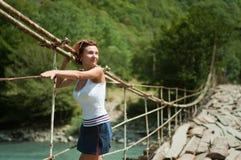 Meisje op de brug Royalty-vrije Stock Foto's