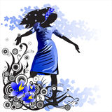 Meisje op een bloemachtergrond Royalty-vrije Stock Afbeeldingen