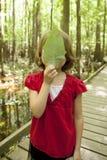 Meisje op schoolreis stock afbeeldingen