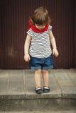 Meisje op trap Stock Foto's