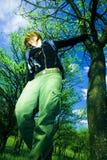 Meisje in openlucht stock foto