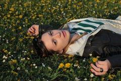 Meisje in park Stock Foto's