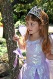 Meisje in prinseskostuum Stock Fotografie