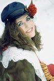 Meisje in Russische traditonalkleding voor maslenitsa Stock Foto